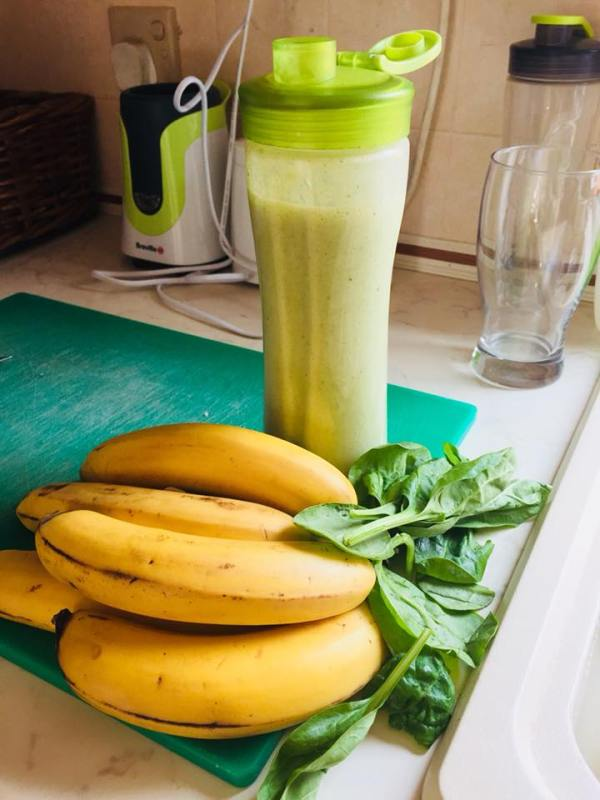 Vegan Banana and Spinach Smoothie